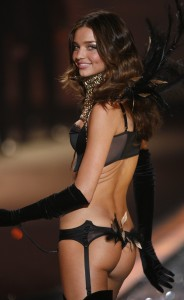 Miranda Kerr Shows Her Angel Parts